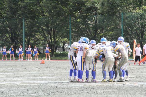 神田外語大学大学アメリカンフットボール部