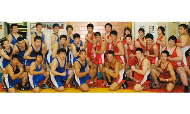 日本大学大学レスリング部