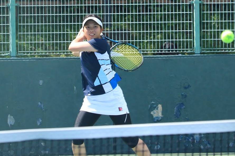 テニス アヤカ